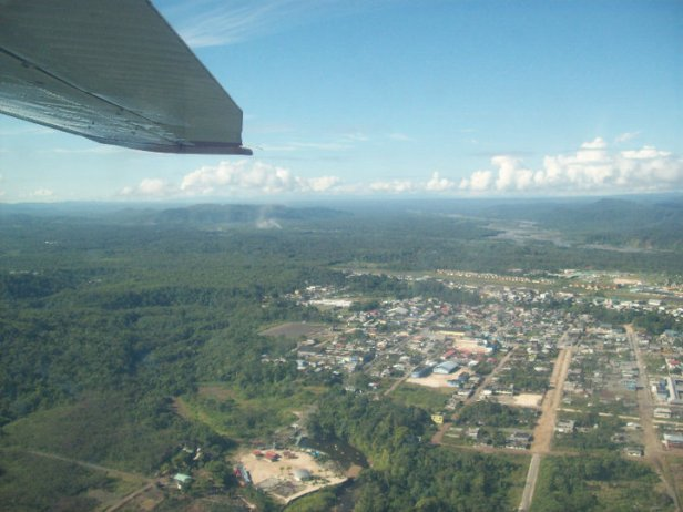 About 10-15 minutes into our flight, we leave behind civilization. Amazon jungle, here we come!