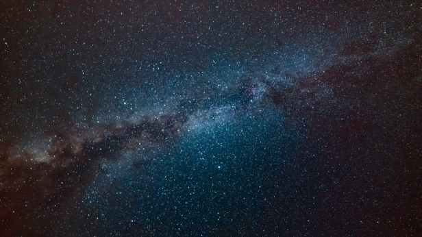 milky way galaxy during nighttime
